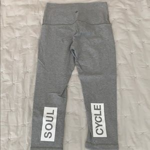 Lululemon x Soul Cycle wunder under crop size 8